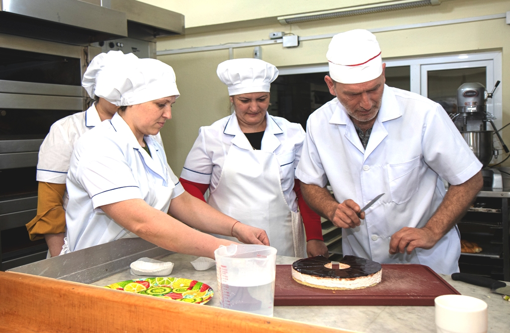 Baker and confectioner training in Vocational Training Centre BAZ